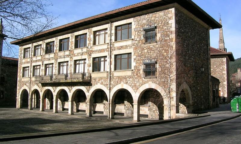 colegio-zuazola